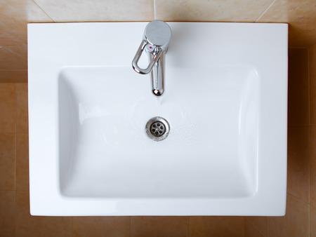 Photo pour wash sink in a bathroom, top view - image libre de droit