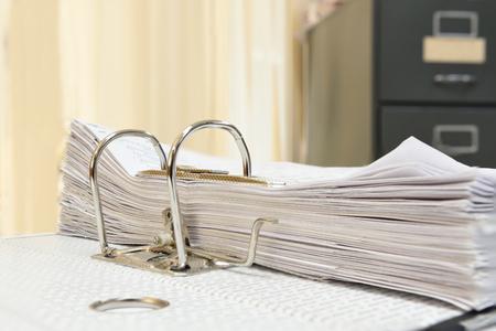 Foto de a file folder with documents and important document - Imagen libre de derechos