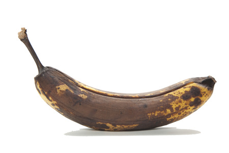 old brown unhealthy rotten bananas fruit