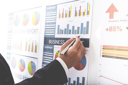 Photo pour Businessman analyzing investment charts. Accounting - image libre de droit