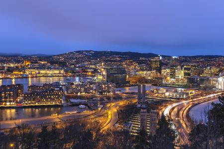 Foto de Oslo night aerial view city skyline at business district and Barcode Project, Oslo Norway - Imagen libre de derechos
