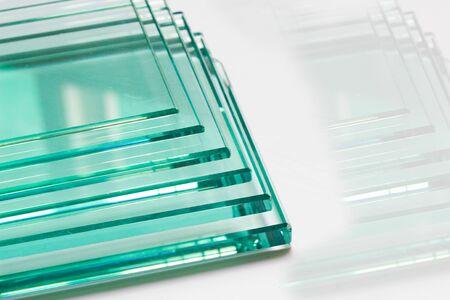 Photo pour Glass Factory produces a variety of transparent glass thicknesses. - image libre de droit