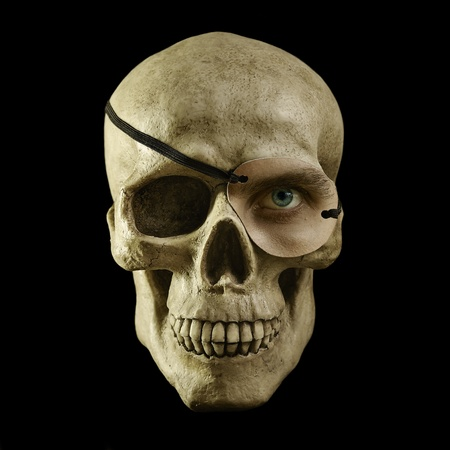 scull with one eye
