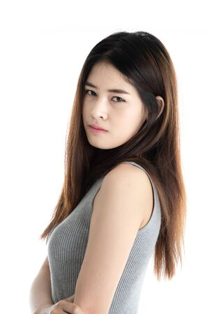 Photo pour Portrait Asian woman isolated on white background. - image libre de droit