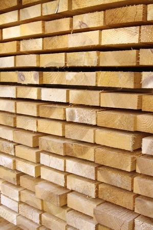 Photo pour Close up view of stacked wooden boards  - image libre de droit