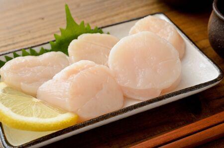 Photo pour scallop adductor muscle sashimi - image libre de droit