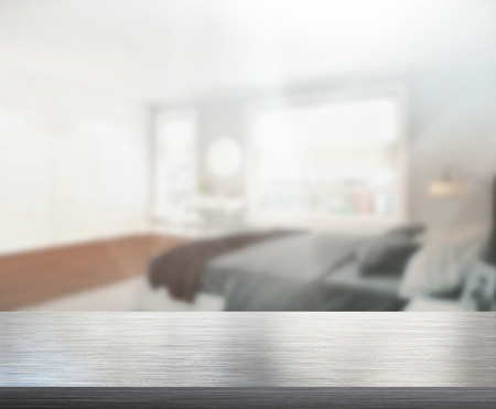Photo pour Table Top And Blur Background In the Bedroom - image libre de droit