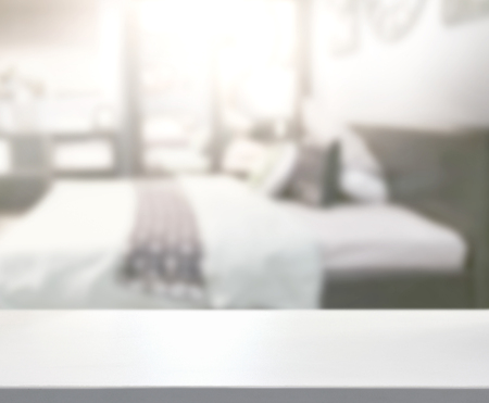 Photo pour Table Top And Blur Background In Bedroom - image libre de droit