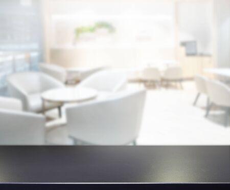 Photo pour Table Top And Blur Office Of The Background - image libre de droit