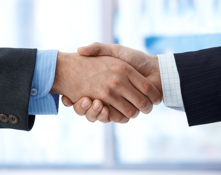 Photo pour business handshake, agreement, success, congratulation.%uFFFD - image libre de droit