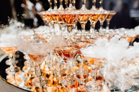 Photo pour Beautiful Composition from Glasses with Champagne - image libre de droit
