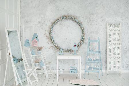 Photo pour Easter Holiday Interior Blank Wreath Background - image libre de droit