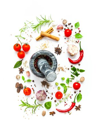 Photo pour Tomatoes and various herbs and spices isolated on white background, top view - image libre de droit