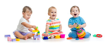 Photo pour nursery babies play with educational toys - image libre de droit