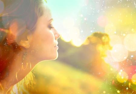 Photo pour Women, Healthy Lifestyle, Sun. - image libre de droit