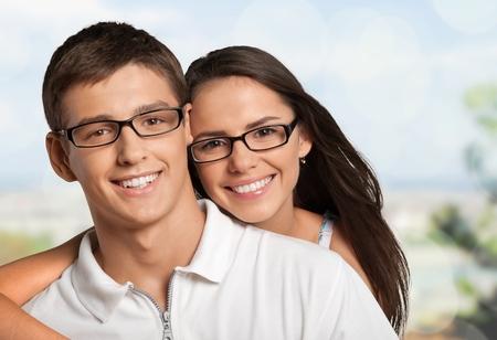 Photo pour Happy couple smile. - image libre de droit