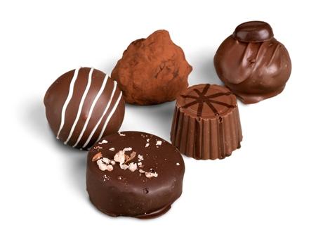 Photo pour Chocolate candies / pralines / truffles - image libre de droit