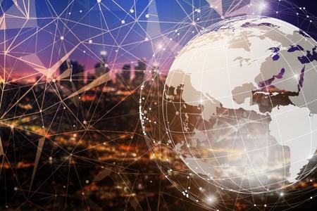 Photo pour Smart city and global network concept - image libre de droit