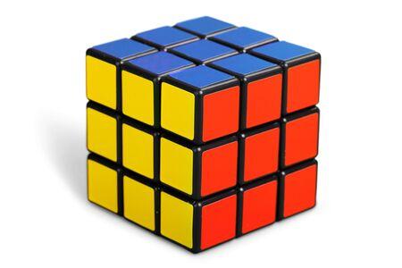Photo pour KHERSON, UKRAINE - JULY 17, 2014: Rubiks cube on the white background. - image libre de droit