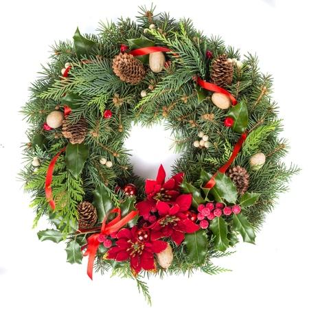 Photo pour Christmas Wreath Isolated on White - image libre de droit
