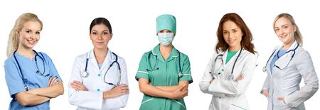 Photo pour Female healthcare worker wearing scrubs and carrying - image libre de droit