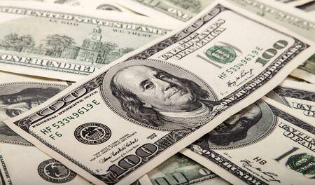 Photo pour Hundred dollar bills - image libre de droit