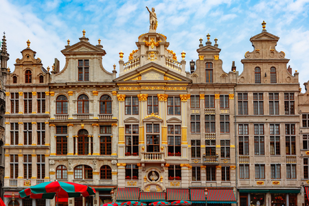 Beautiful houses of the Grand Place Square in Brussels, Belgium. From right to left LEtoile, Le Cygne, LArbre dor, La Rose, Le Mont Thabor