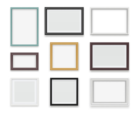 Illustration pour Vintage frames. Wooden painting and photo empty boards for exhibition vector template realistic. Illustration of gallery frame for photo or picture painting - image libre de droit