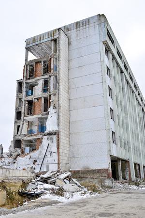 Ostariyanov171100002