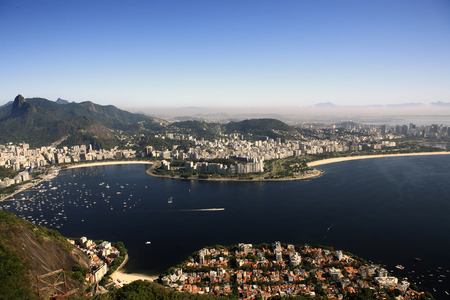 Photo pour aerial view of botafogo from the sugar loaf in rio de janeiro brazil - image libre de droit