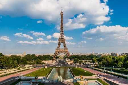the eiffel tower in the city