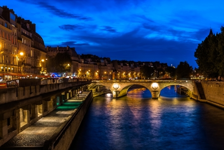 waterfront of the seine river in the city of Paris in france