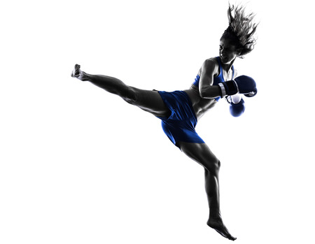 Photo pour one woman boxer boxing kickboxing in silhouette isolated on white background - image libre de droit