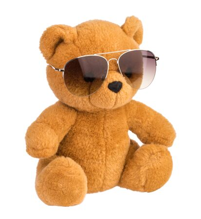 Photo pour toy bear wearing sunglasses isolated clipping path - image libre de droit