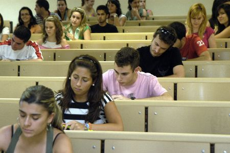 selectivity tests for university entrance, in the faculty of pharmacy at the university of granada 19.6.2007