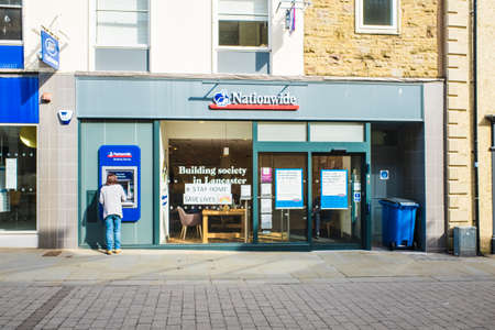 Photo pour UNITED KINGDOM, LANCASTER - 9TH APRIL 2020 A branch of Nationwide. It is the UKs largest mutual building society in UK - image libre de droit