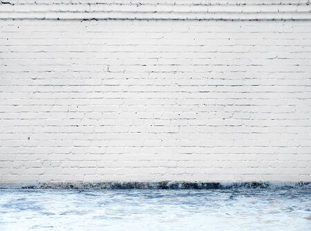 Foto de white brick wall background in rural room - Imagen libre de derechos