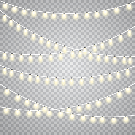 Photo pour Christmas lights isolated on transparent background. Set of golden Xmas glowing garland. - image libre de droit
