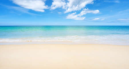 Photo pour Beautiful sandy beach and sea with clear blue sky background Amazing  beach blue sky sand sun daylight relaxation landscape view in Phuket island Thailand for Summer and travel background. - image libre de droit