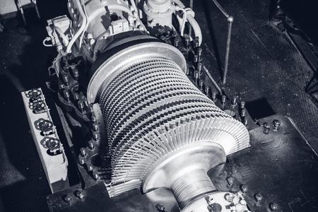 Photo pour Industrial production metallic turbine gas and steam background - image libre de droit