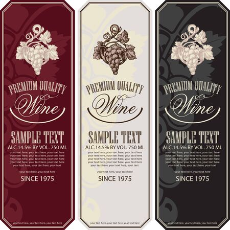 Illustration pour Vector set of vertical wine labels with bunches of grapes, calligraphic inscriptions and place for text in retro style. - image libre de droit