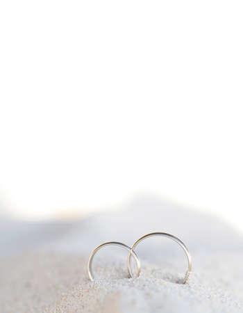 Photo pour Celebration wedding on beach, rings on sand. Copy space - image libre de droit