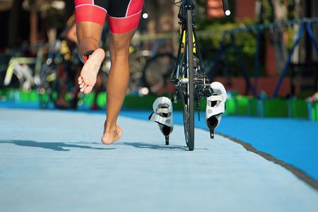 Photo pour Triathlon bike the transition zone - image libre de droit