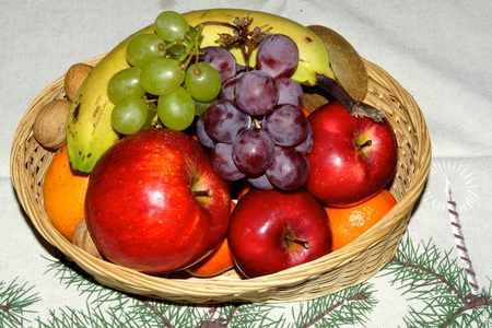 Big fruit basket at Christmas time