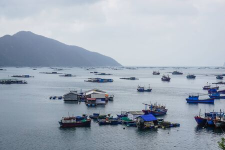 Photo pour A fishing village on the water in one of the bays in Vietnam - image libre de droit