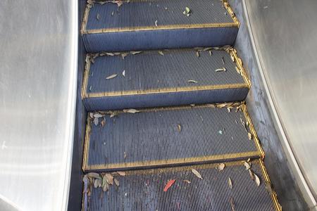 Escalator dormant outdoor