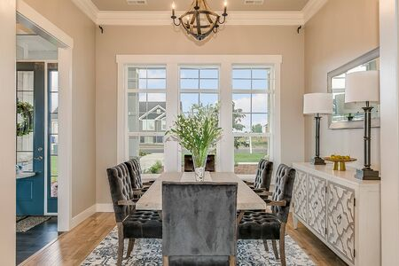 Foto de Classy yet functional dining room - Imagen libre de derechos