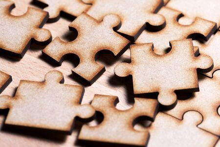 Foto de Close up of the pieces of a puzzle. - Imagen libre de derechos