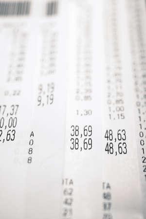 Foto de Close-up of a purchase receipt. - Imagen libre de derechos