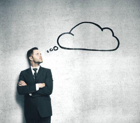 Photo pour Businessman in suit thinking and bubble speech over head. Business and startup concept. - image libre de droit
